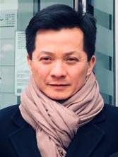 Giang-vien-mon-Van-dong-va-luat-phap-chau-Au-Nguyen-Gia-Duong-VIETNAM-VOICE