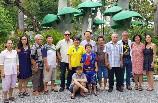 thank-you-philippines-ban-da-cho-che-toi-luc-gian-nguy-nam-loc-VIETNAMVOICE-15