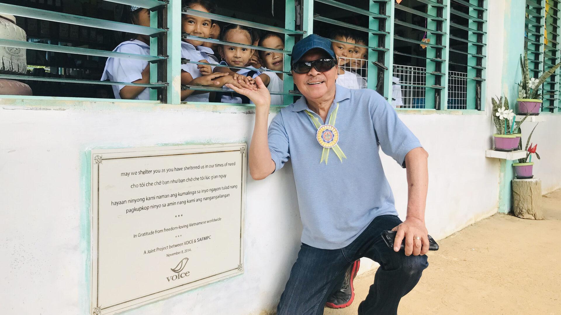 (Tiếng Việt) THANK YOU, PHILIPPINES! Bạn đã chở che tôi lúc gian nguy… (Nam Lộc)